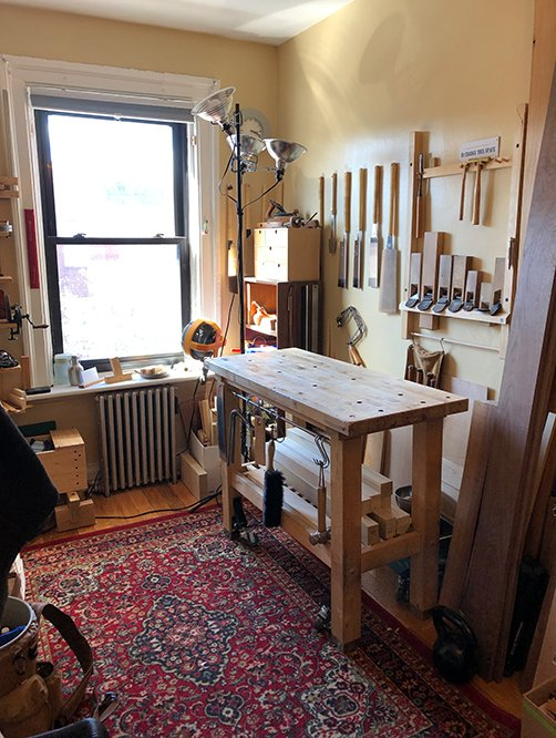 In this small bedroom Workshop, making and meditation go hand-in-hand